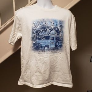 Bass Pro Shops Nashville Tennessee Large T-Shirt